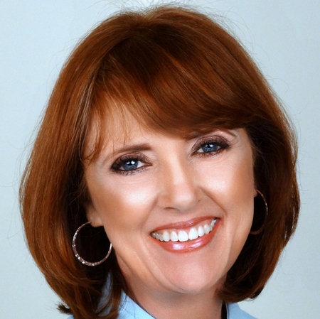 Julie Lawrence, CFP® Photo