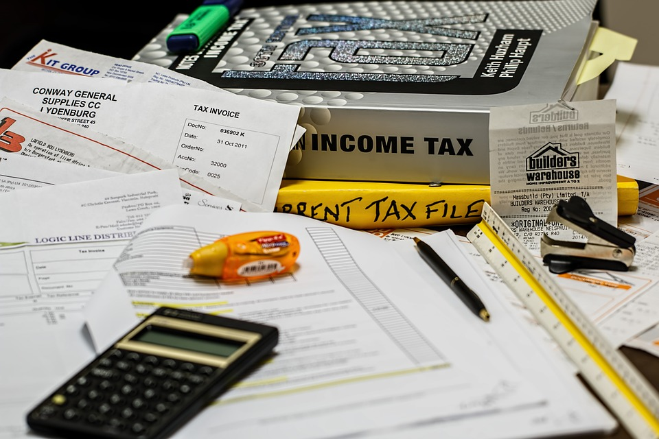 5 Ways Your Financial Advisor Can Prepare You for Tax Season Thumbnail