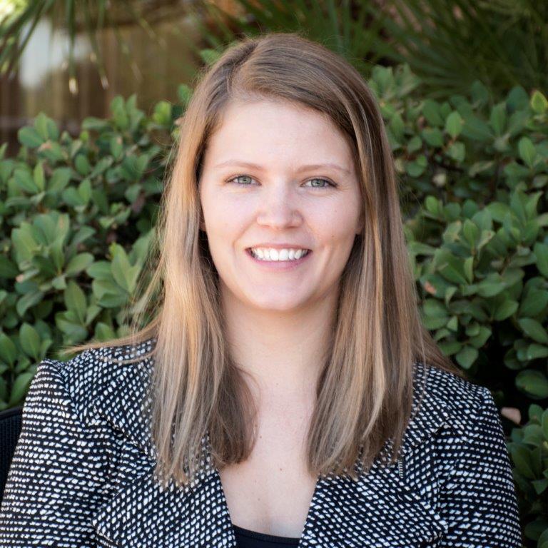 Alicia Klein CFP ®, EA Photo