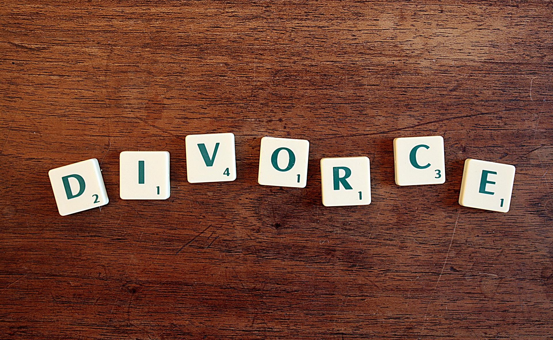 7 Financial Questions You Need To Answer Before Your Divorce Becomes Final Thumbnail