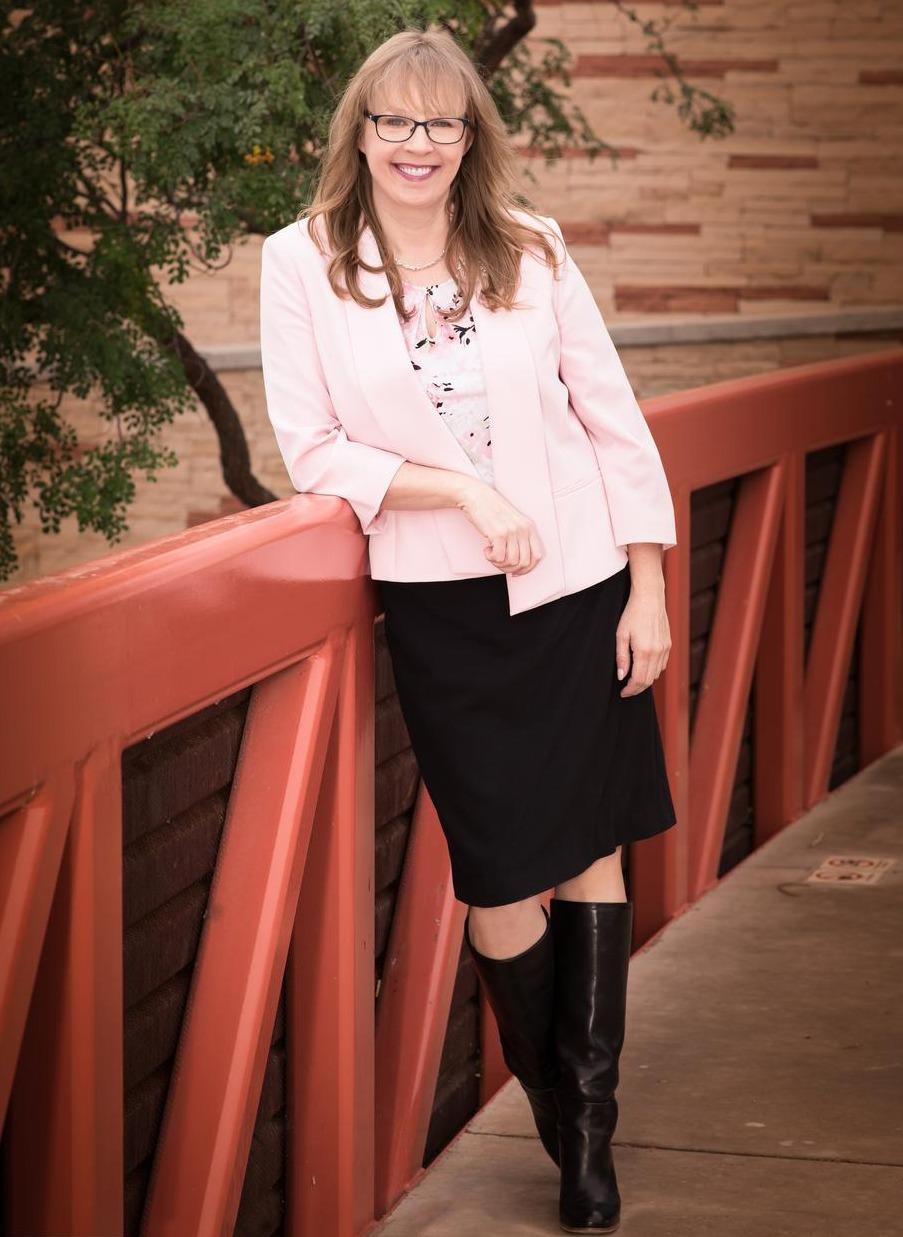 Wendy Hubbard, CFP®, EA Hover Photo