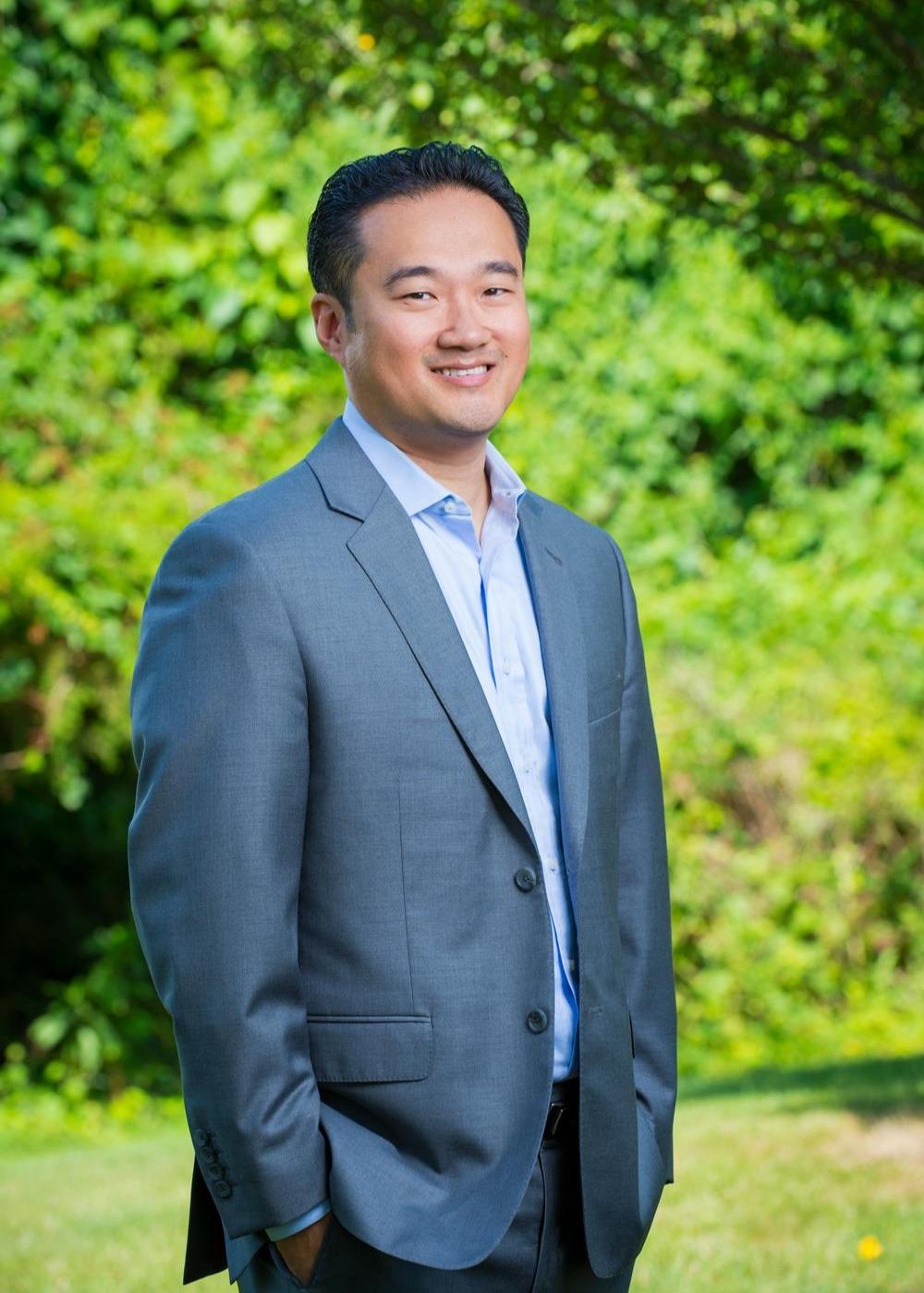 Wayne Yi, CFA Photo