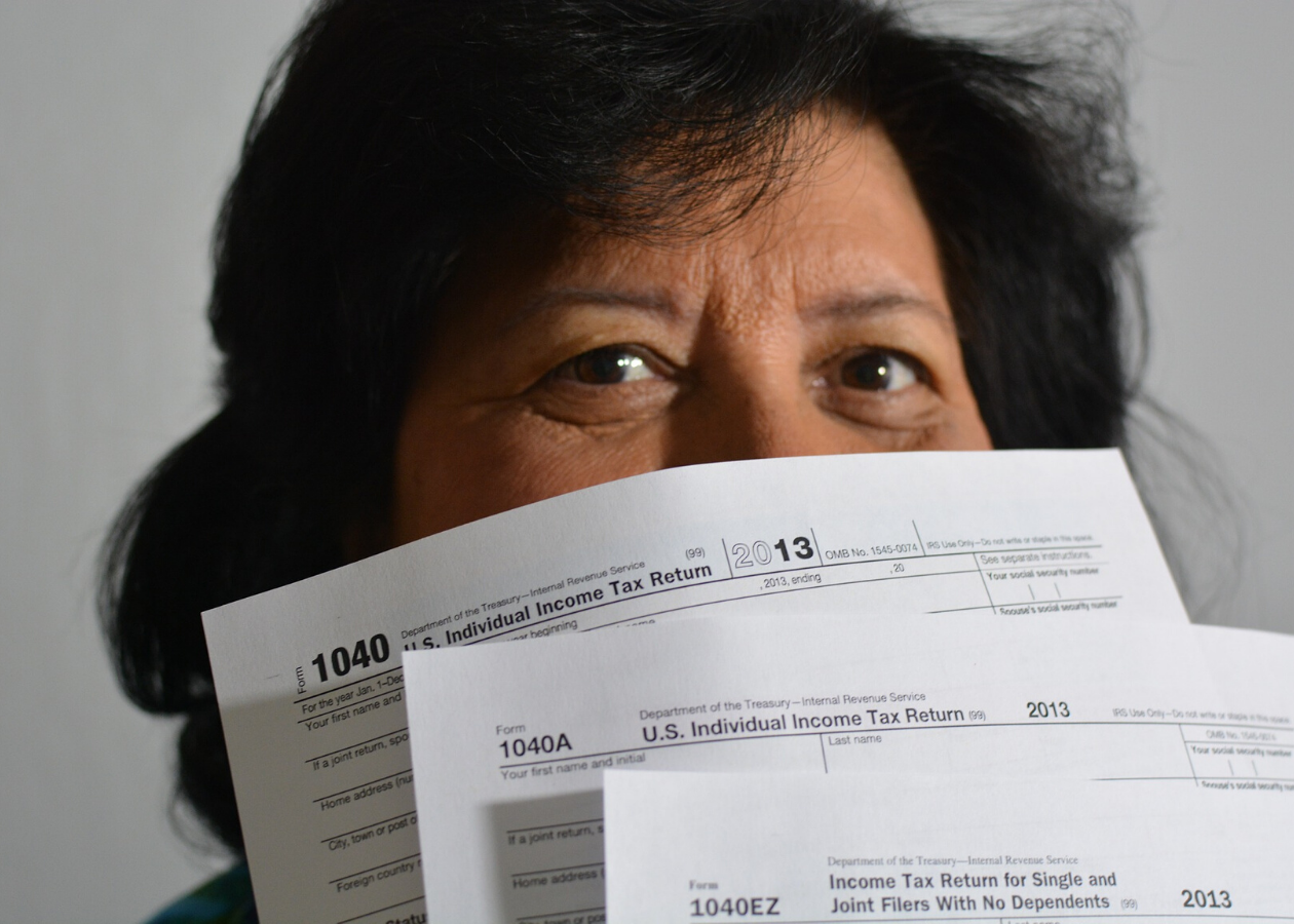 Where Should You Start When Filing Taxes as an Immigrant? Thumbnail