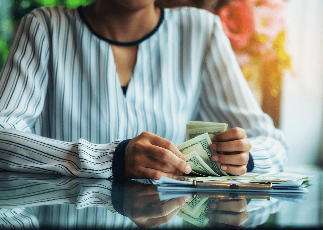 Making Ends Meet: 12 Creative Ways Despite Your Income Thumbnail