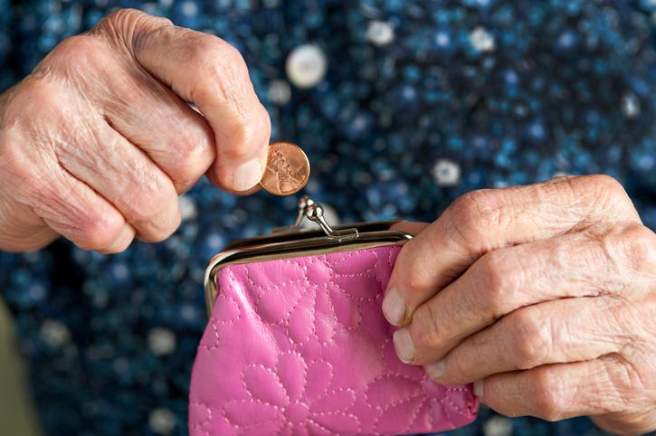 Aging parents? 3 steps to pave a smoother financial path forward Thumbnail