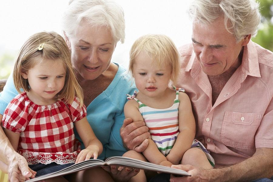 Thinking About Moving Closer to Your Kids? 4 Financial Implications to Consider Thumbnail
