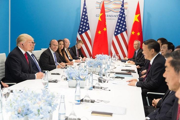 Tariffs: How Do They Work, and Who Pays Them? Thumbnail