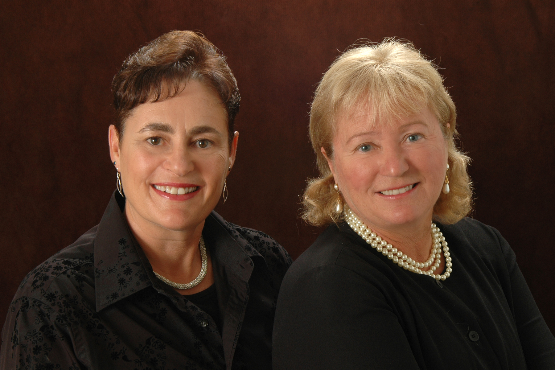 Diane Oulette CERTIFIED FINANCIAL PLANNER™ and tracy gale, gold canyon arizona, gold canyon financial planning