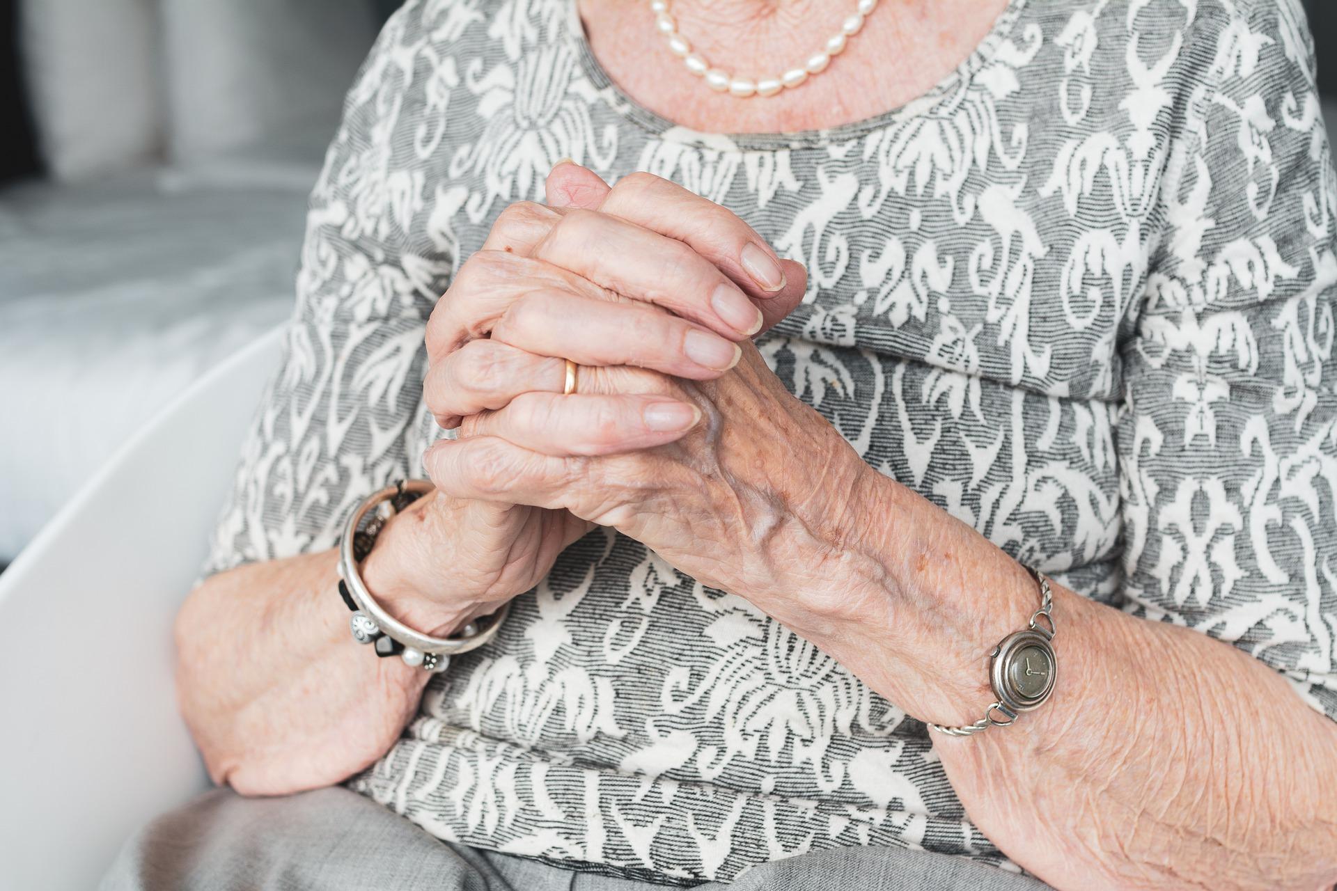 Seniors vulnerable to elder financial abuse Thumbnail