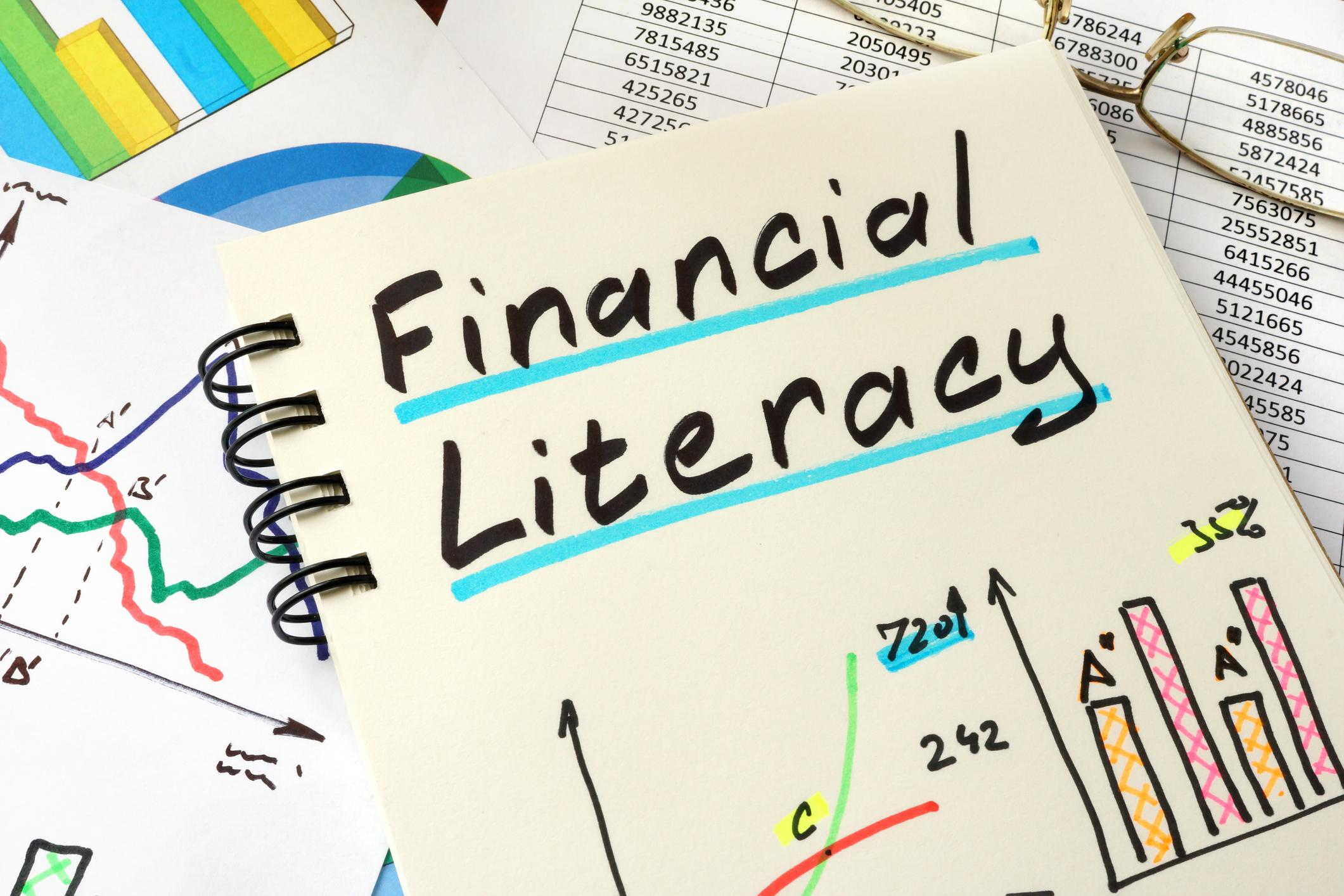 5 Financial Literacy Fundamentals You Need to Make Informed Decisions Thumbnail
