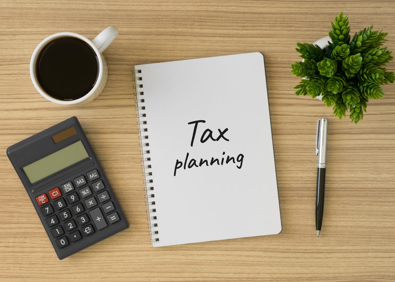 How Your Financial Advisor Can Help You Prepare for Tax Season Thumbnail
