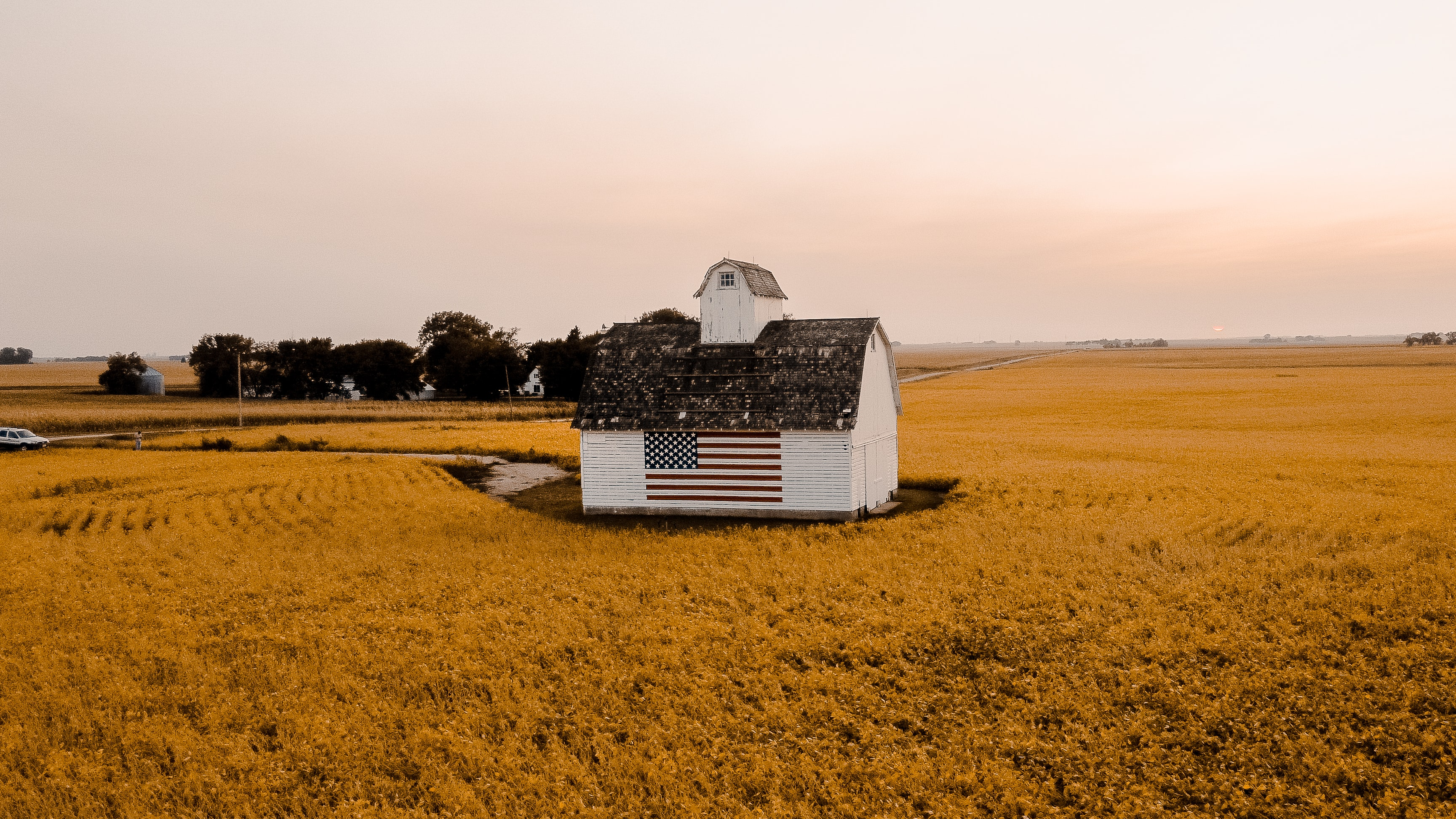 Barn with American flag on the side. Bellevue, NE Miller Financial Group