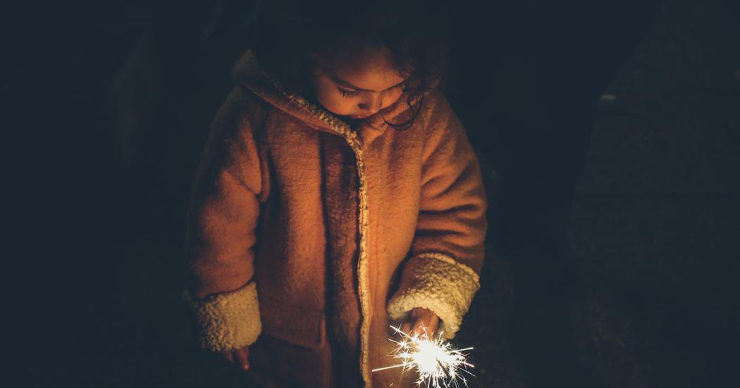 14 Family Activities to Teach Kids About Giving During the Holidays Thumbnail