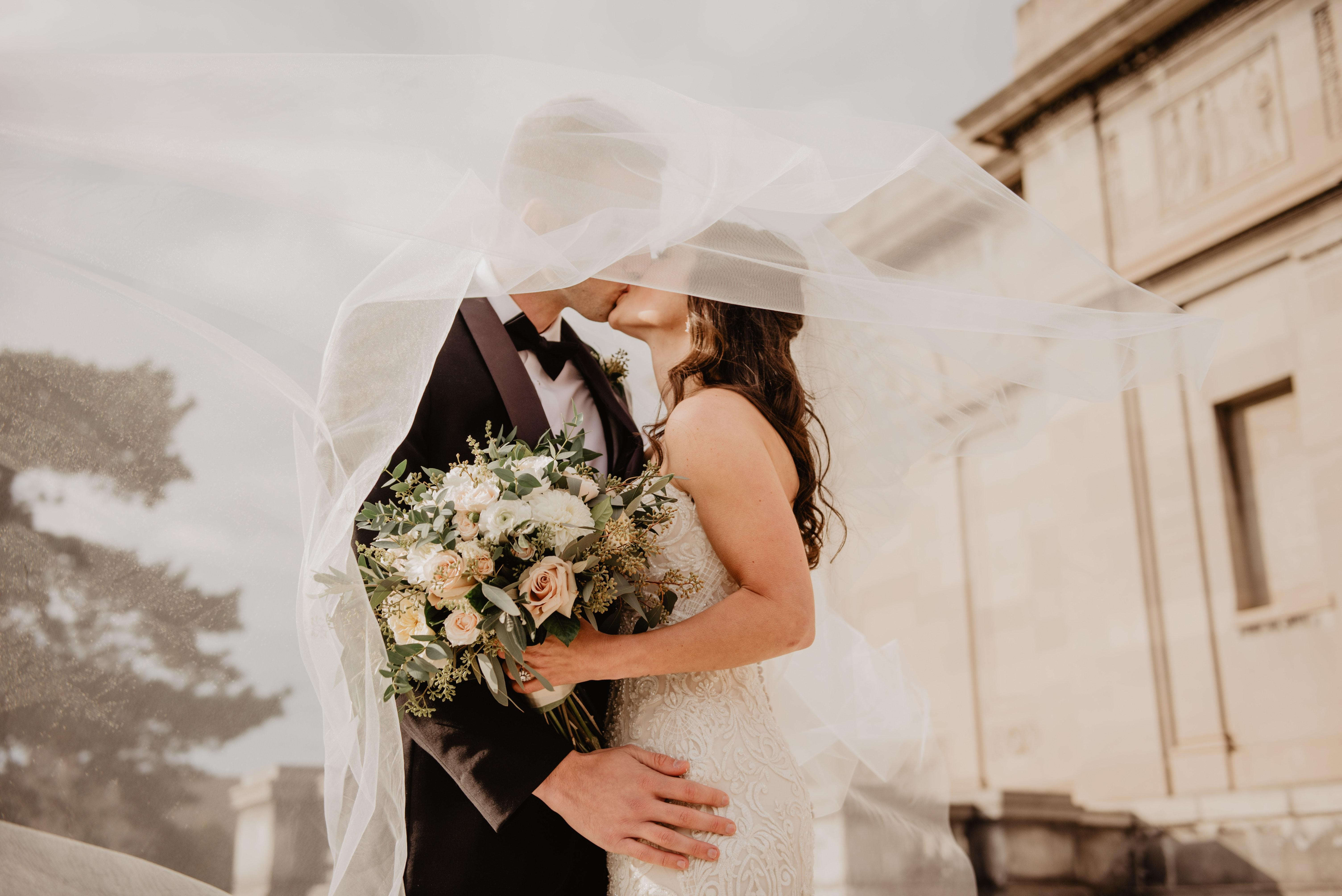 """Happily Ever After: 5 Financial Planning """"Do's"""" For Newlyweds Thumbnail"""