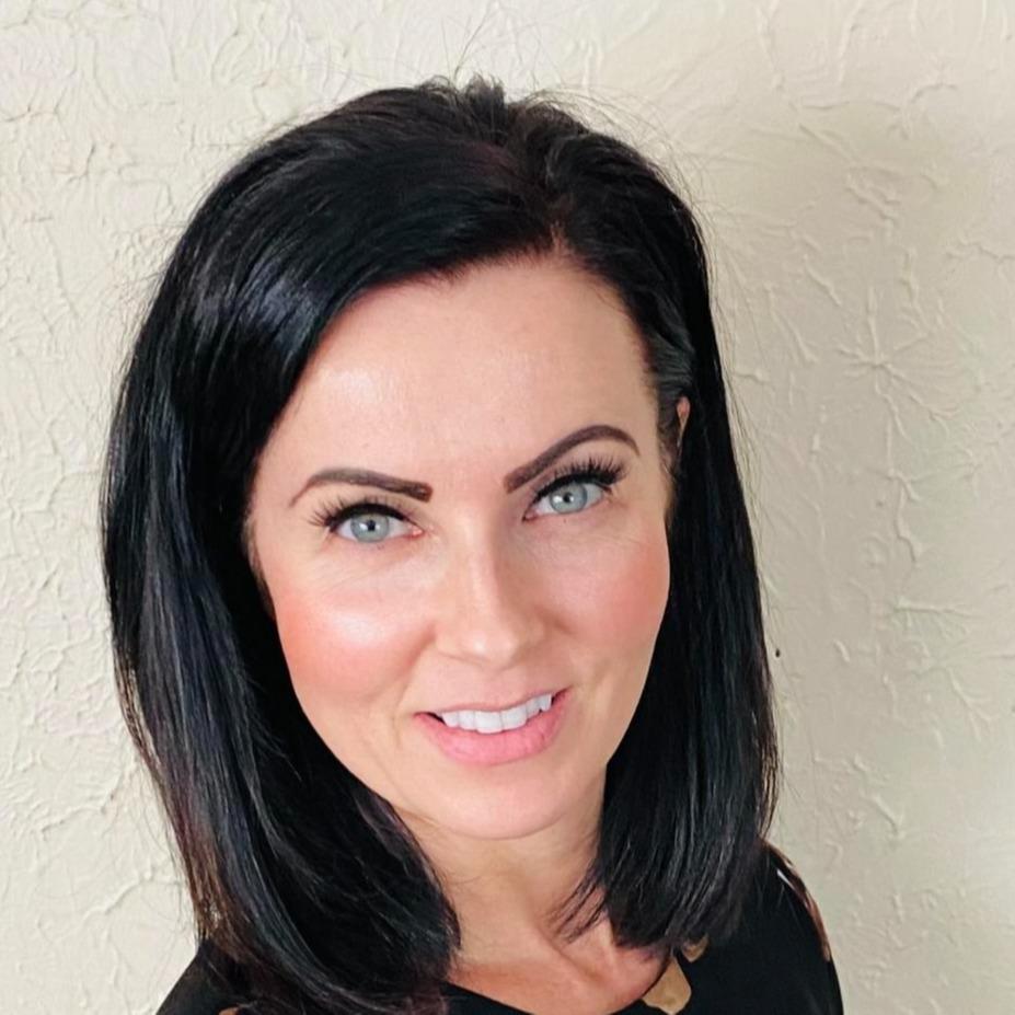 Jennifer L. Reynolds-Hamilton, CFP® Hover Photo