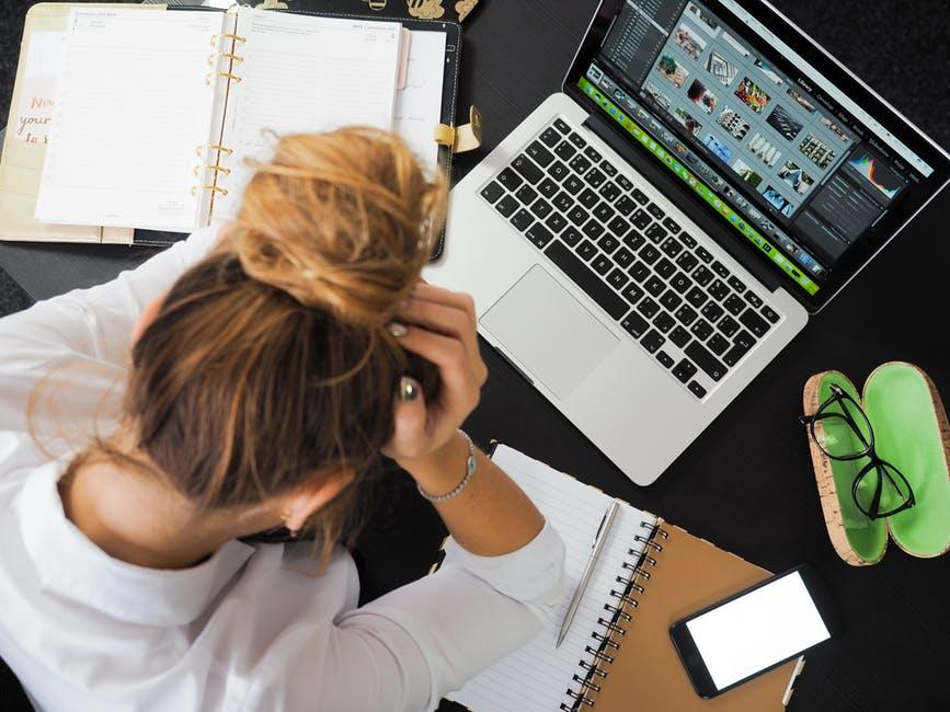 Eight actions to take when you're laid off Thumbnail