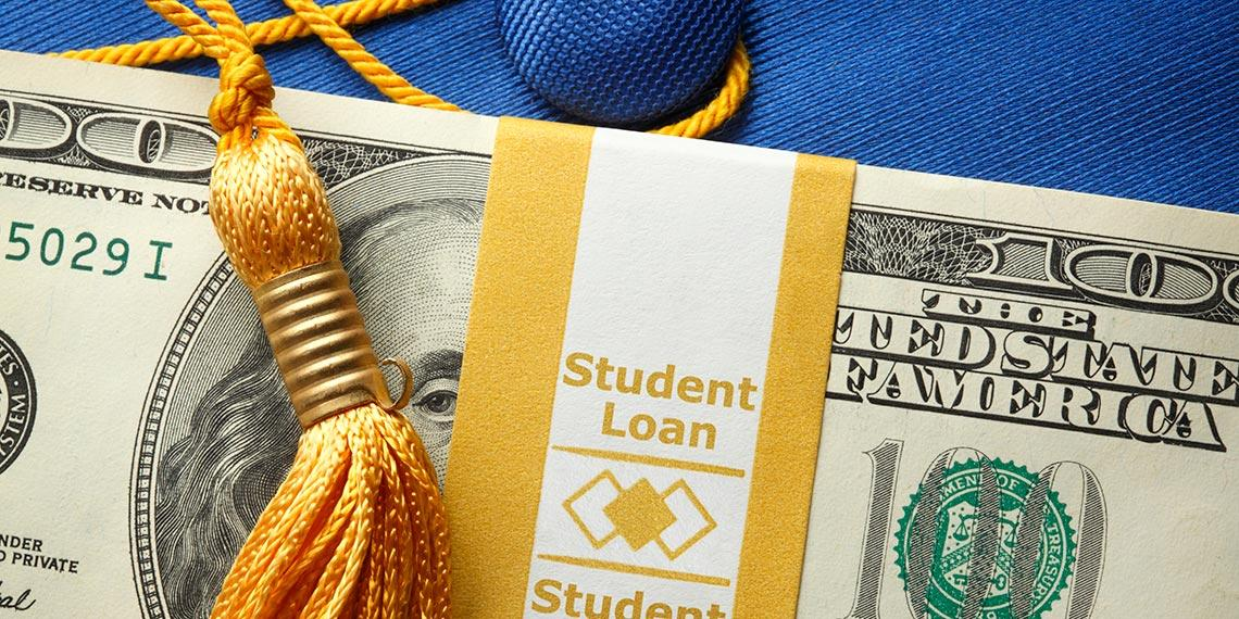 Discussing Costs With Your College-Bound Teen Thumbnail