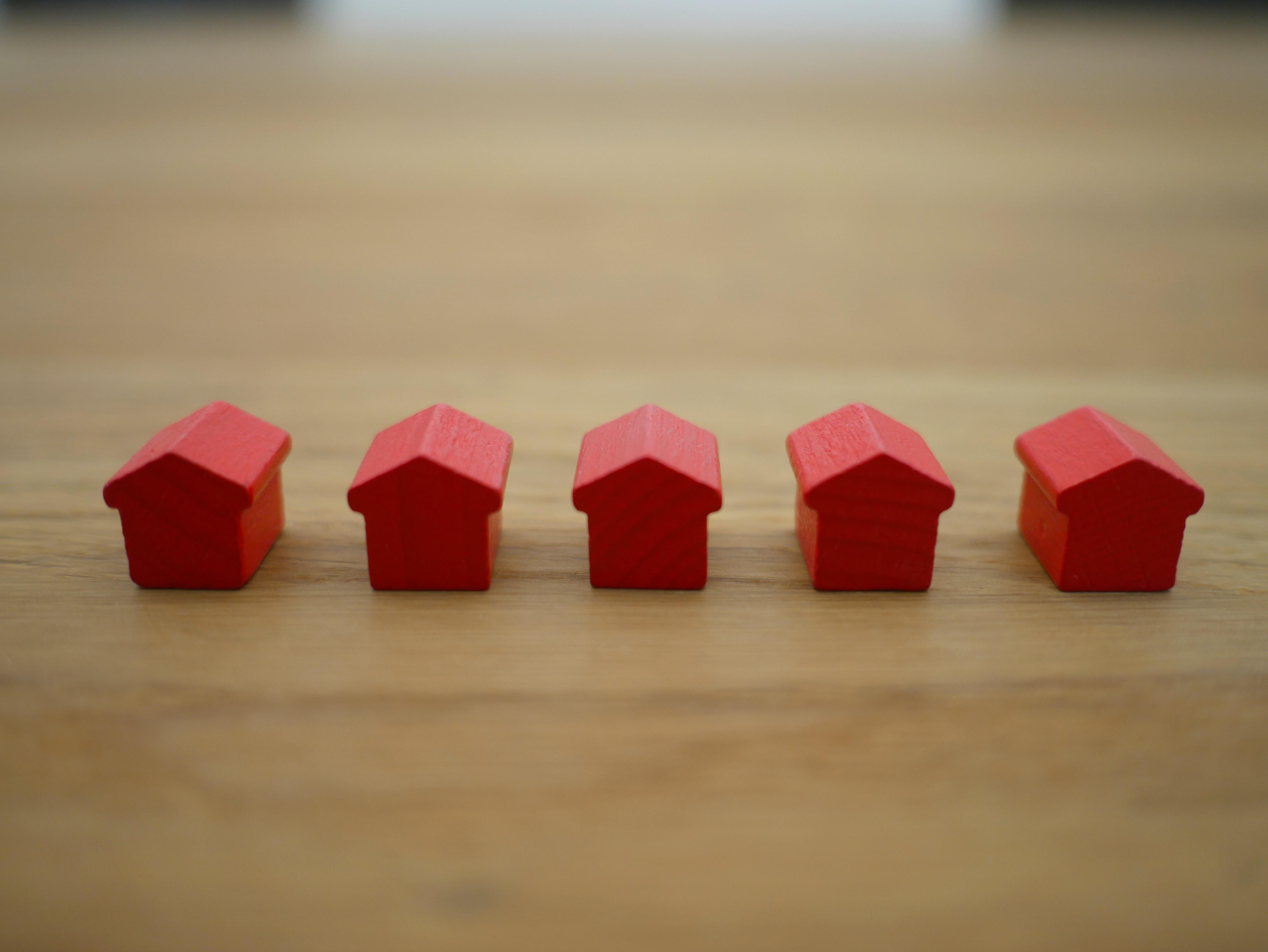 Should You Join the Rush and Refinance Your Mortgage Now? Thumbnail
