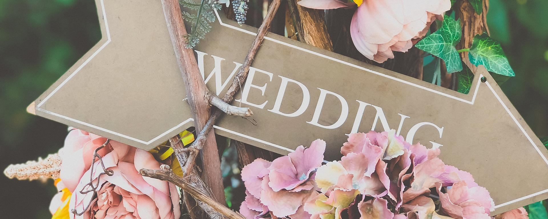 How to Cover the Cost of Your Wedding Thumbnail