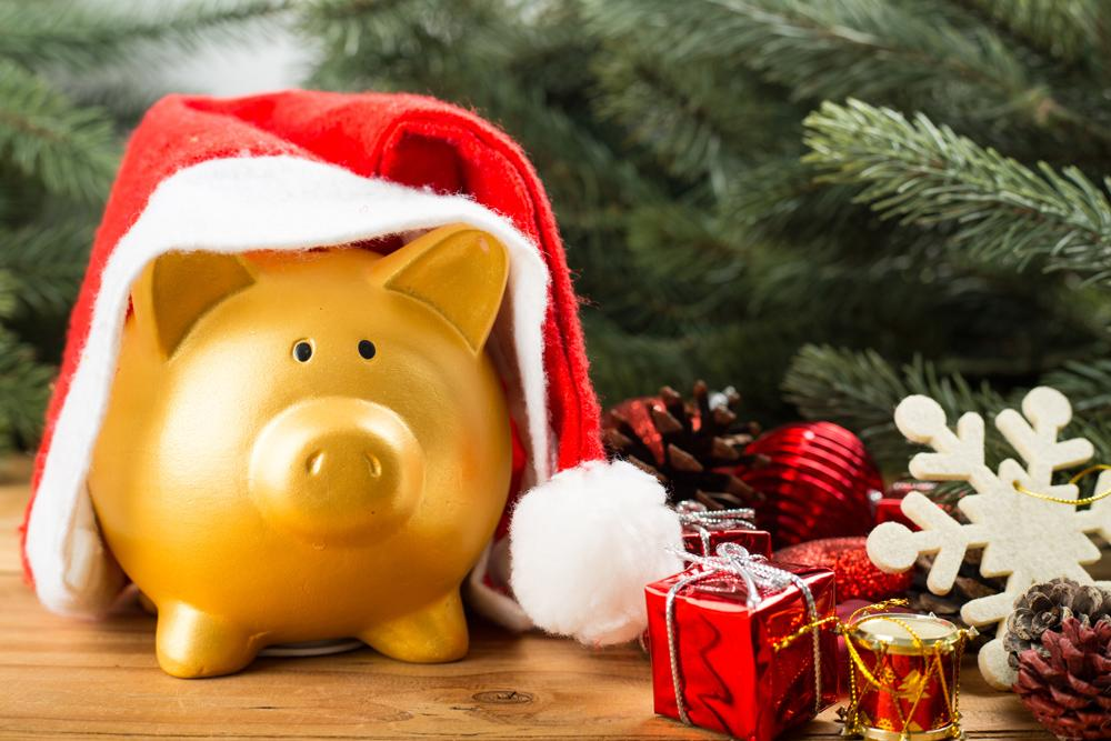 Keep Yourself and Your Wallet Healthy: Five Places to Save Money This Holiday Season Thumbnail