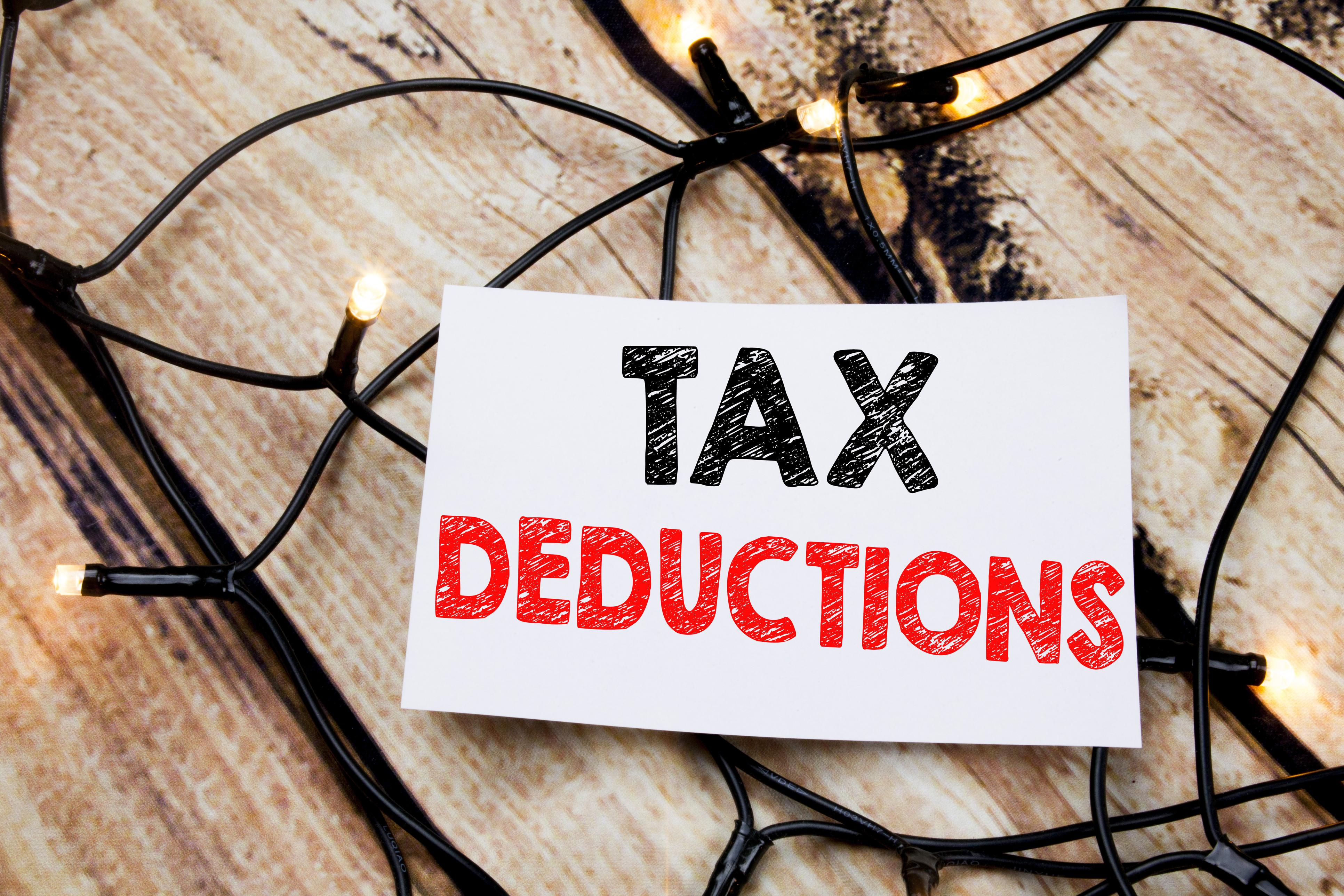 Top 5 Tax Deductions You Can Take in 2020 if You're an Independent Contractor Thumbnail