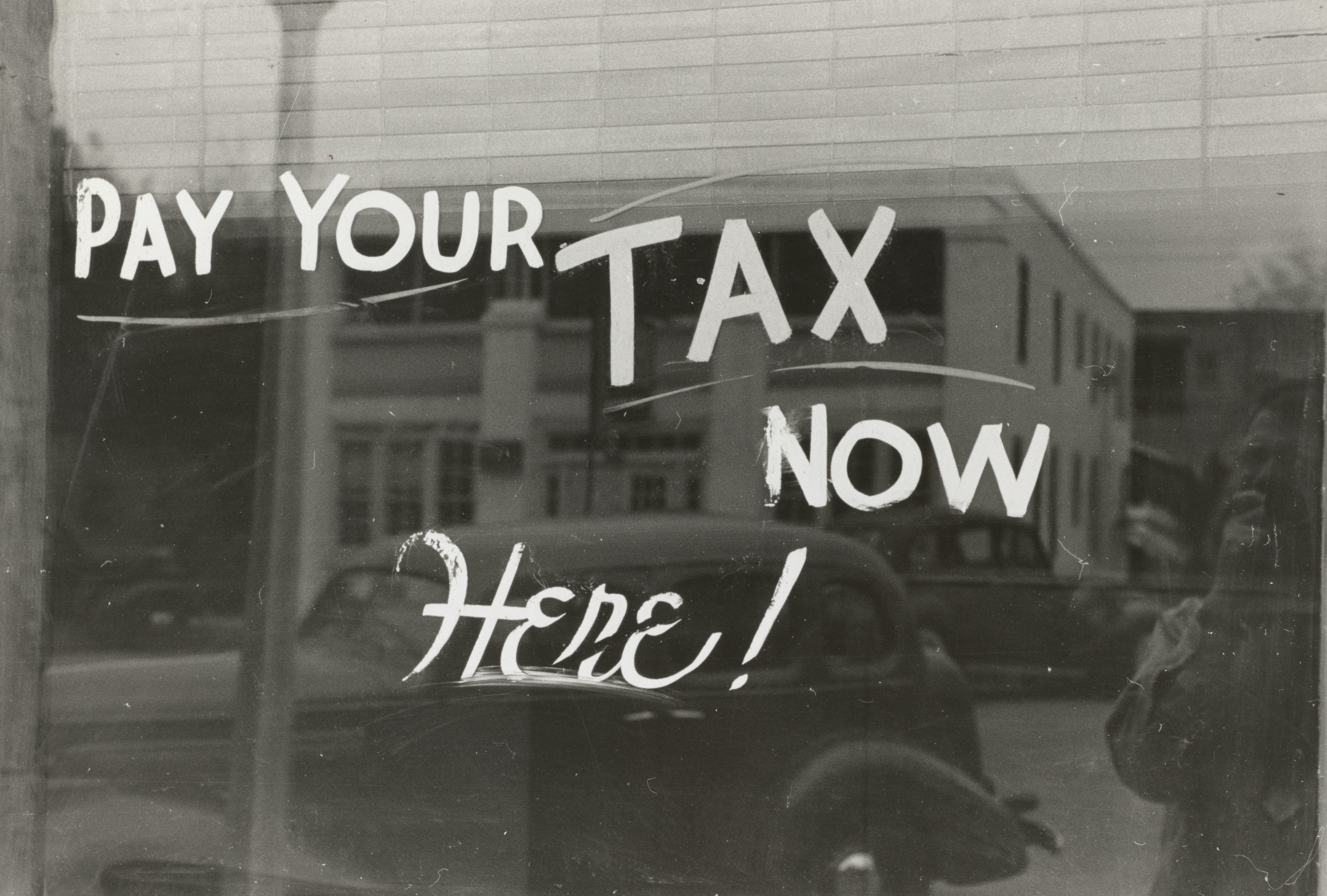 April 2021 Tax Deadlines Thumbnail