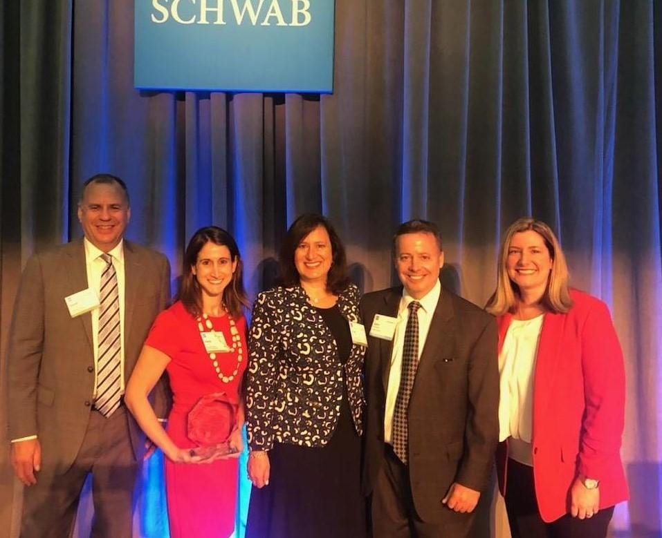 Rappaport Reiches Capital Management receives Schwab Advisor Services' Operational Excellence Award Thumbnail