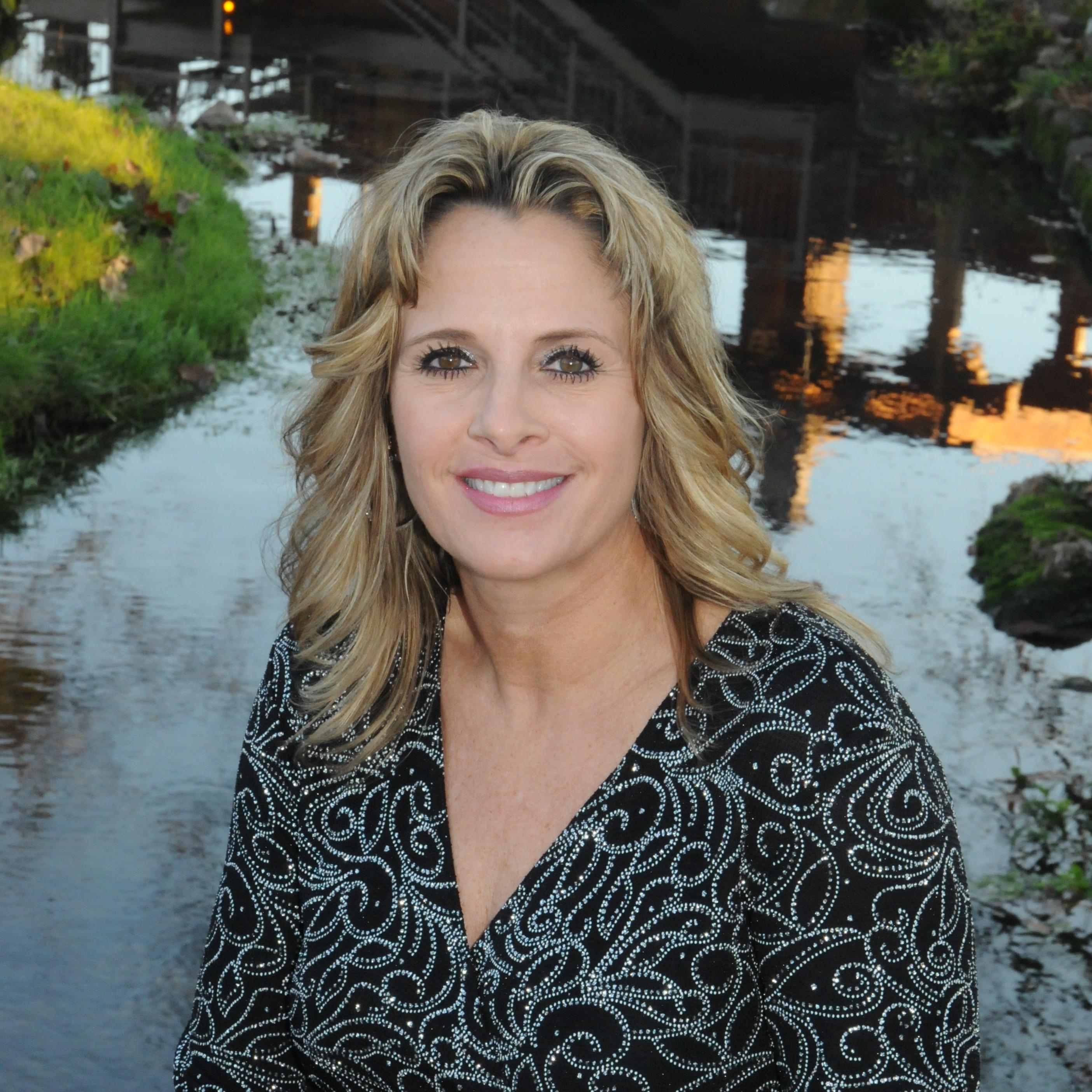 Renda Reese Davis  Tahlequah, OK 2 Sisters Financial