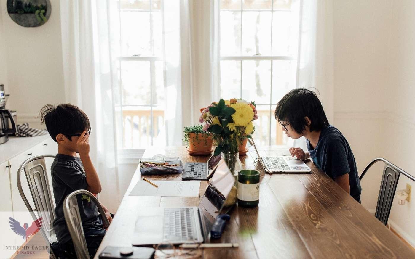Are homeschool expenses tax deductible? Thumbnail