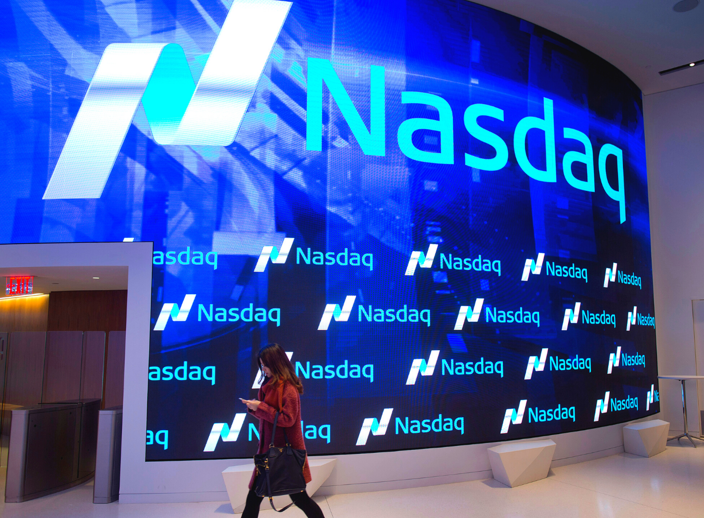 Nasdaq extends record high; client portfolios positive for the year Thumbnail