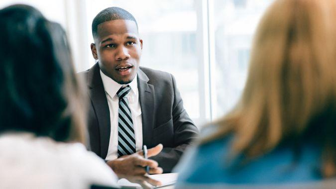 How To Find the Best Financial Advisor for You Thumbnail