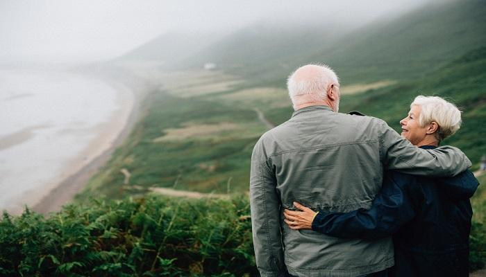 """5 Ways to """"Retire Right"""" and Enjoy Your New Stage of Life Thumbnail"""