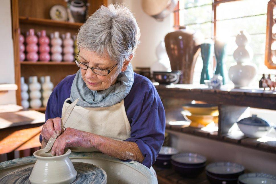 7 Retirement Hobbies That Make You Money Thumbnail