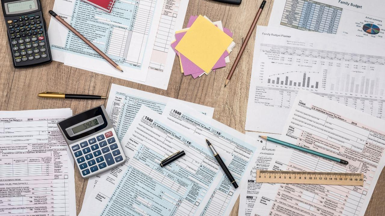 Should You Be Utilizing Donor-Advised Funds in 2021? These 4 Tax Benefits May Help Make Up Your Mind Thumbnail