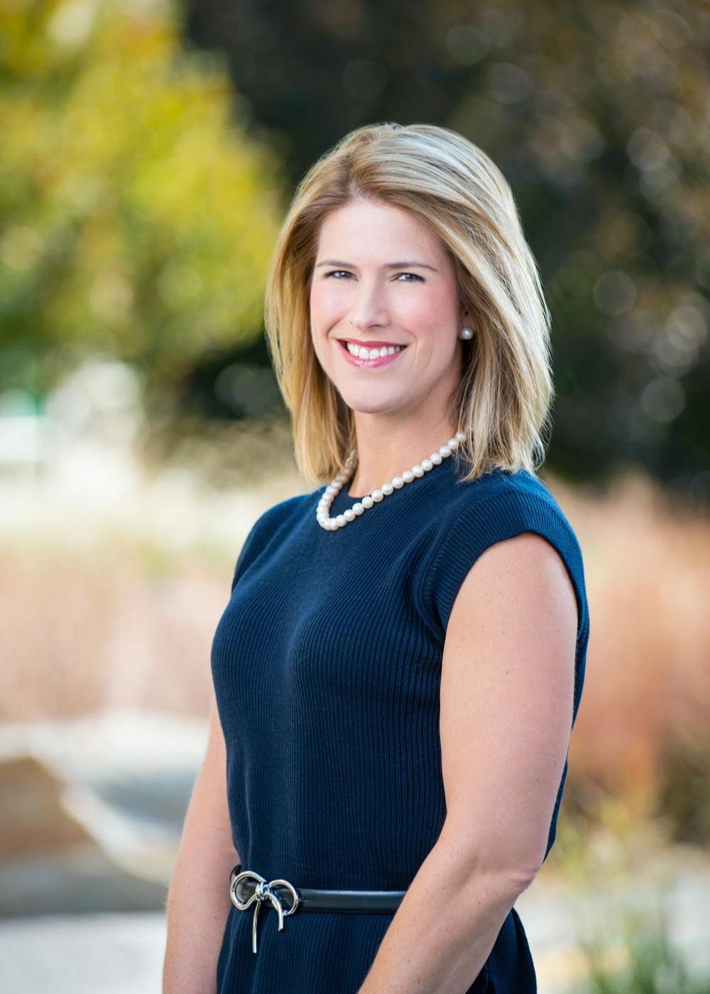 Kristin McCamish Bell, CFA, CFP® Photo
