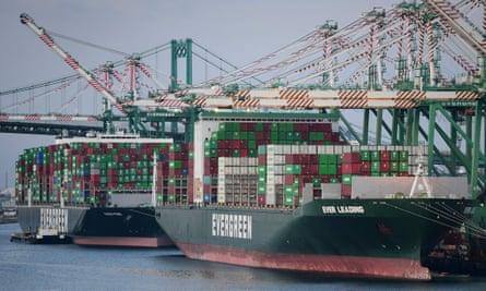 Global Supply Chain Problems Persist Thumbnail