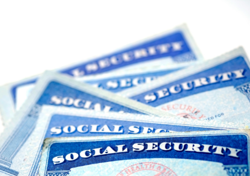 Unsure When to Claim Social Security? Timing Has Its Benefits Thumbnail