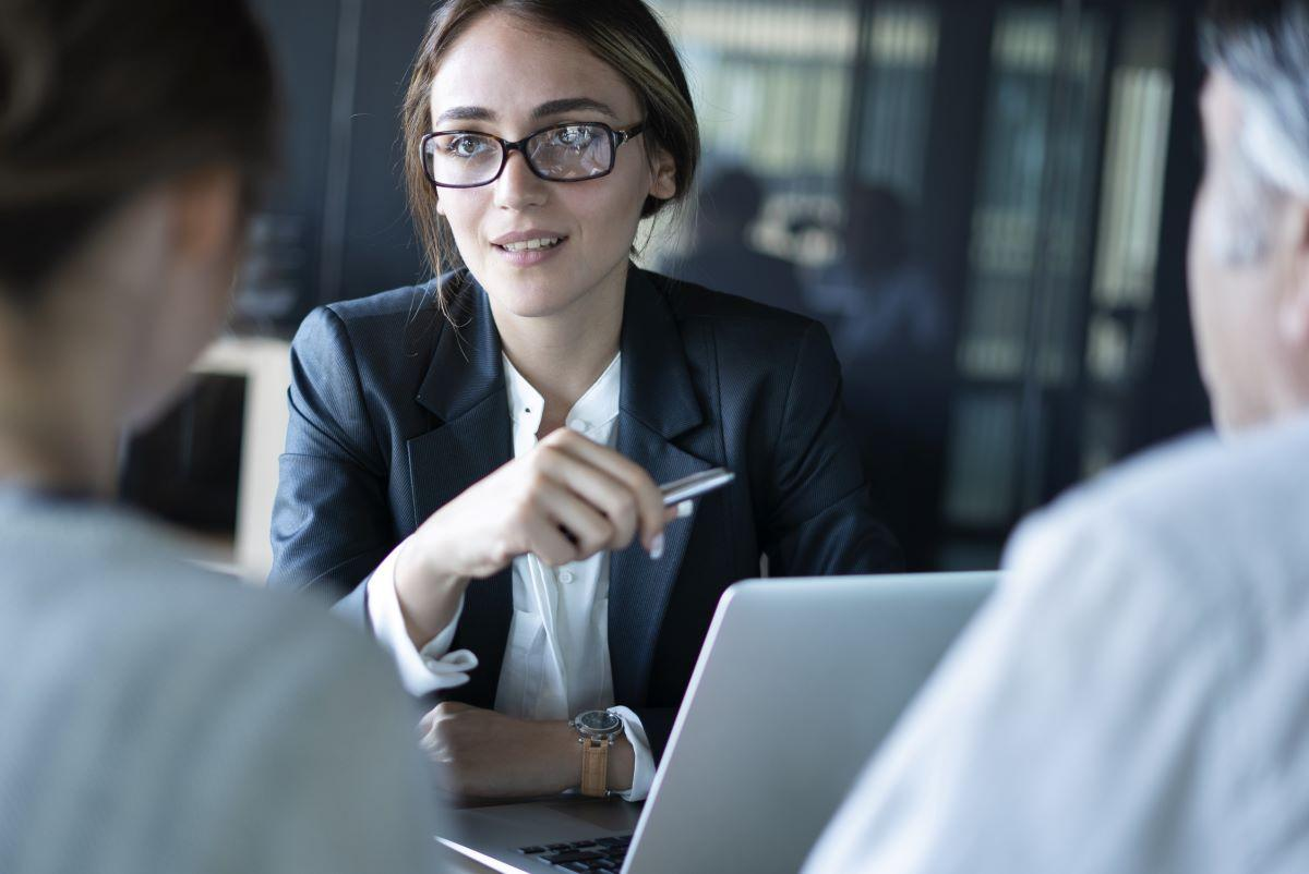 Financial Planner or Advisor - Which is Right For You? Thumbnail