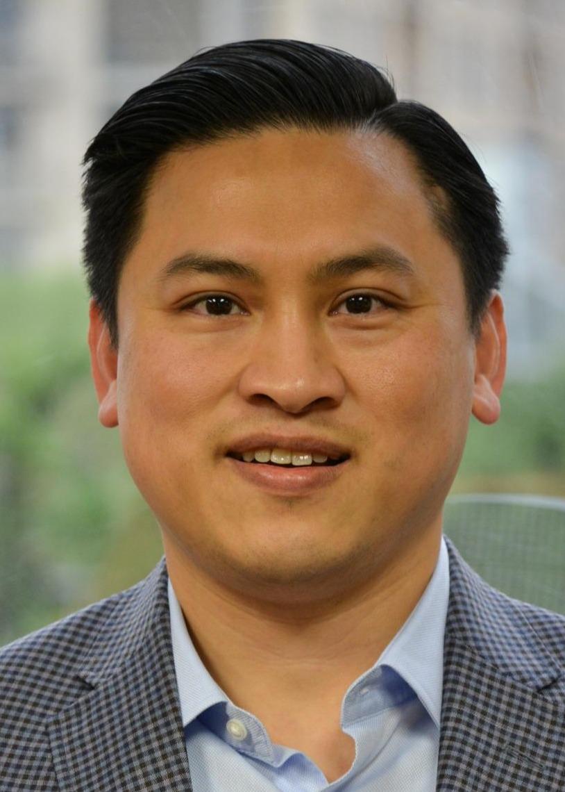 Liem Hoang, CFP®, JD* Photo