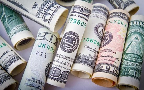 Investec Blog: Explanation of ExxonMobil Earning Bonus Units (EBU's) Thumbnail