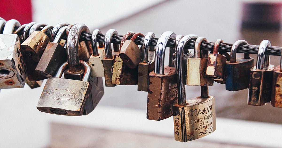 May 6 Is World Password Day. Here Are 6 Tools to Safely Store Your Passwords Online Thumbnail