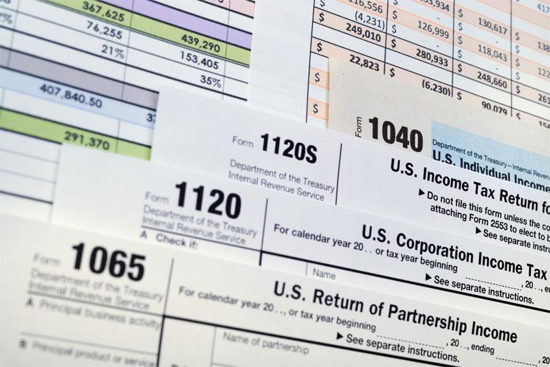 What Business Owners Need to Know About Filing Taxes in 2021 Thumbnail