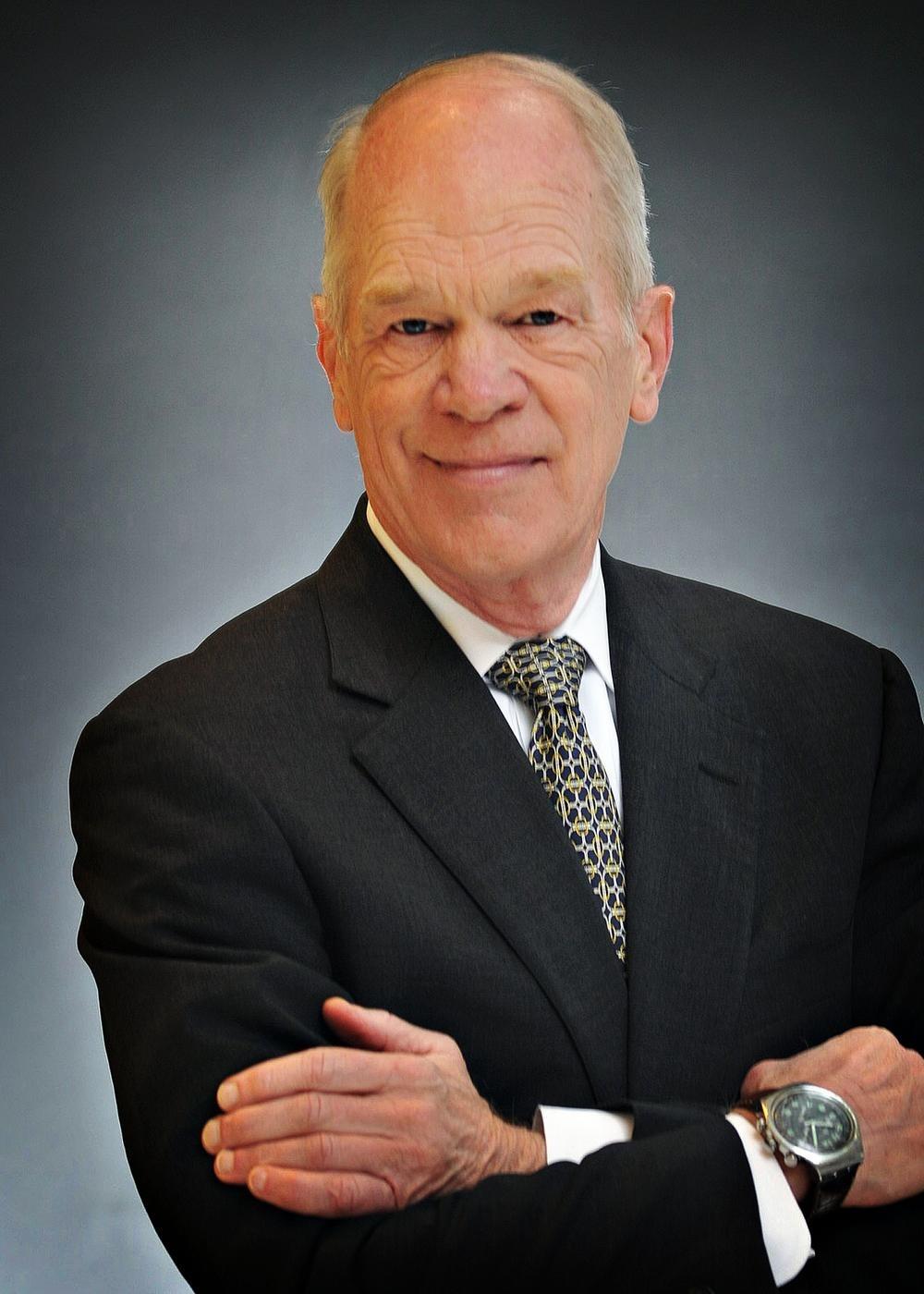 Stephen P. Oliver, CFA®, CFP® Photo