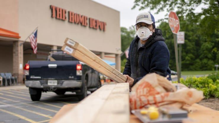 Home Depot makes a large investment into their supply chain Thumbnail