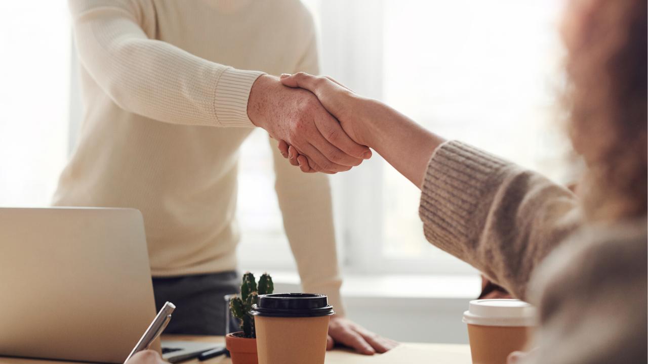 Choosing the Right Financial Advisor in 5 Easy Steps Thumbnail