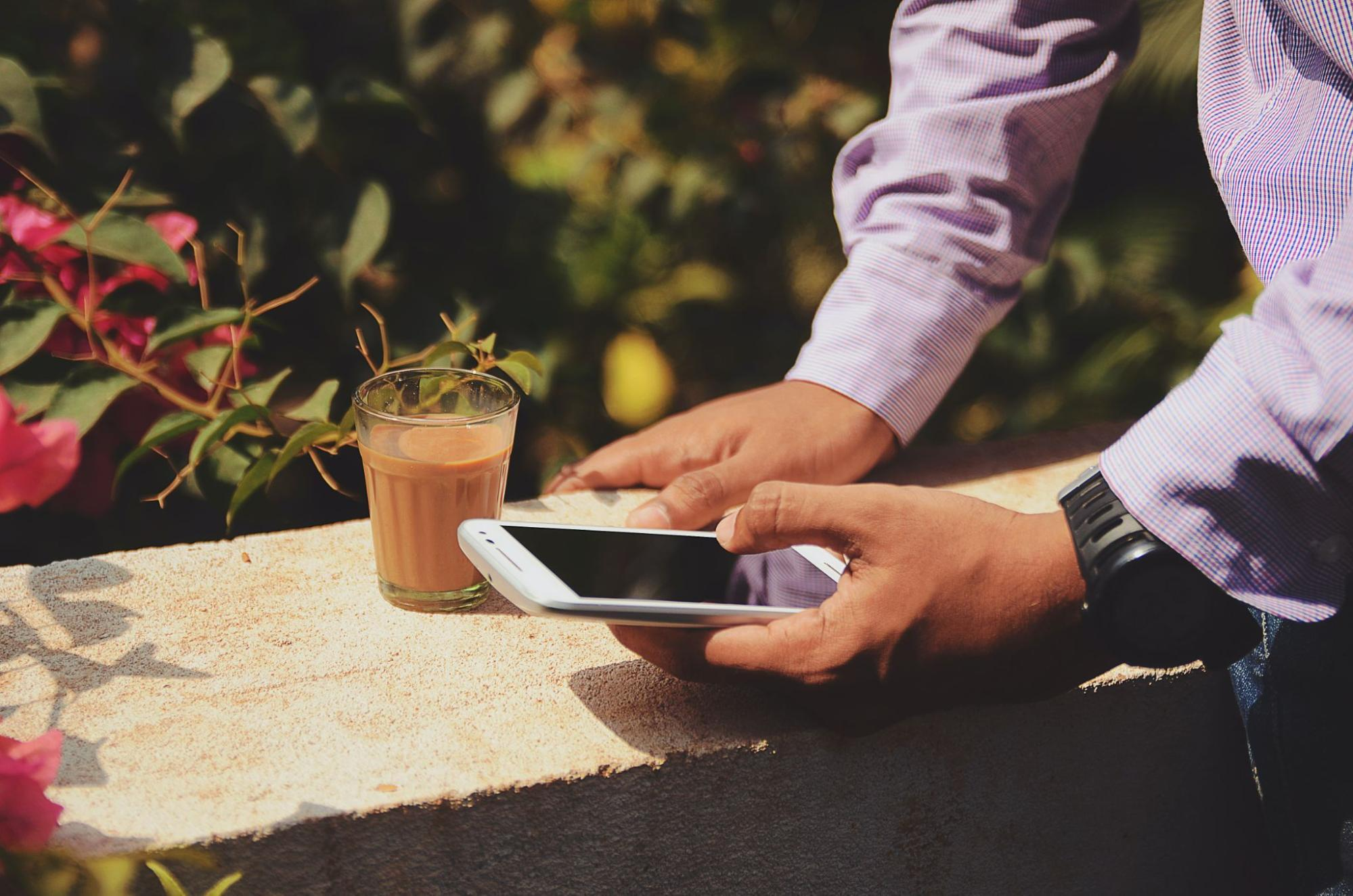 Refresh Your Finances with a Digital Detox Thumbnail