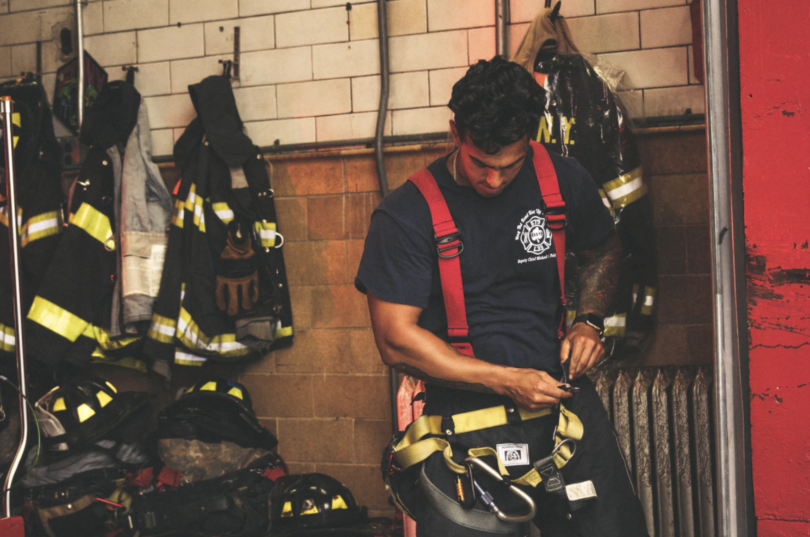 7 Reasons First Responders Need to Stop DIY Investing & Hire a Financial Advisor Thumbnail