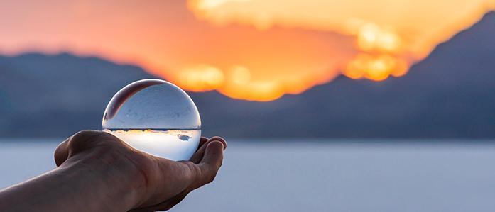 Prévoir l'avenir n'est pas une stratégie de placement gagnante. Thumbnail