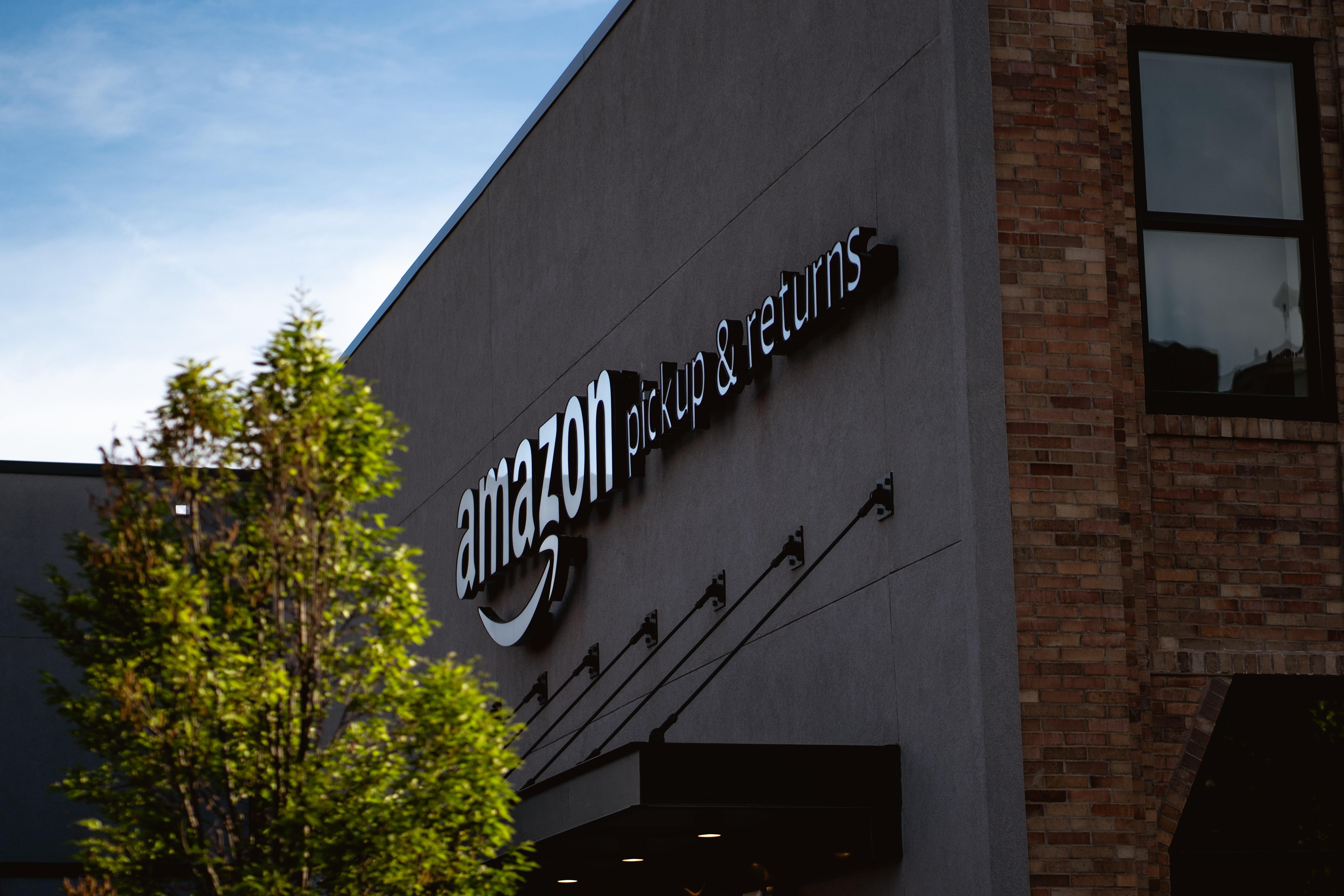 A brief review of Amazon Restricted Stock Units and the implications for Amazon corporate employees. Please reach out for further questions! Thumbnail