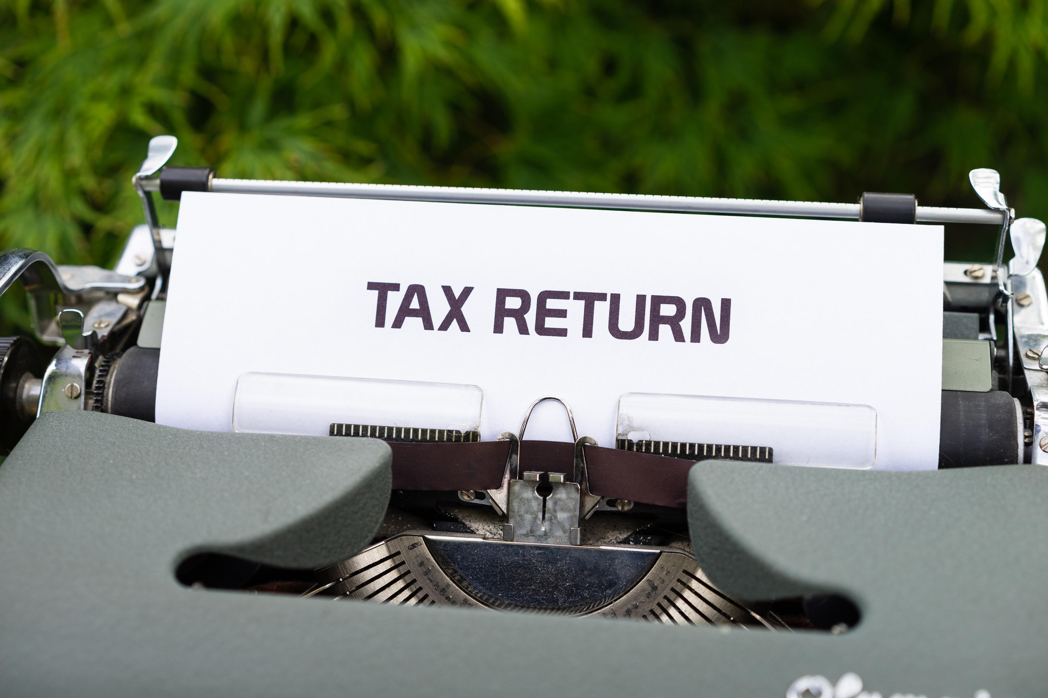 Strategies to Manage Taxes in Retirement Thumbnail